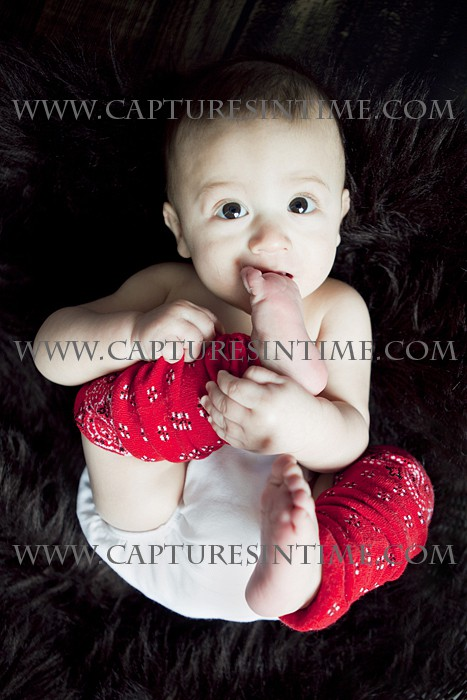 Belton Newborn Pictures baby eating feet