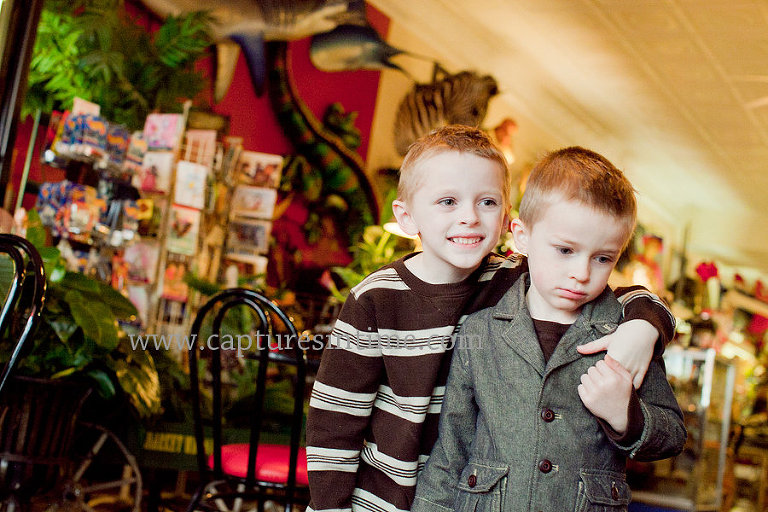 Blue Springs Christmas Pictures Brothers