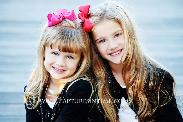 Blue-Springs-Urban-Photographer-sisters