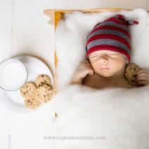 christmas-cookies-newborn-photo