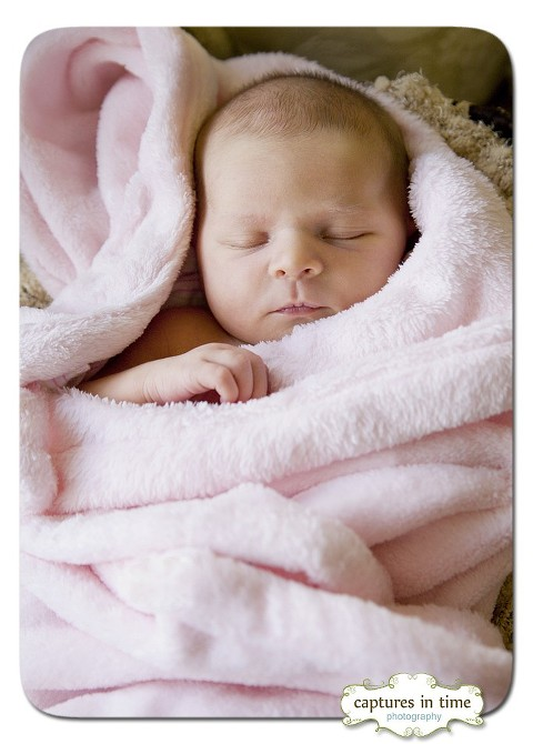 Little Miss S - Newborn Session Comes to You
