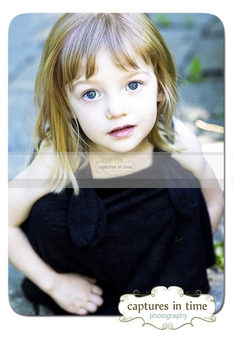girl with big grey eyes