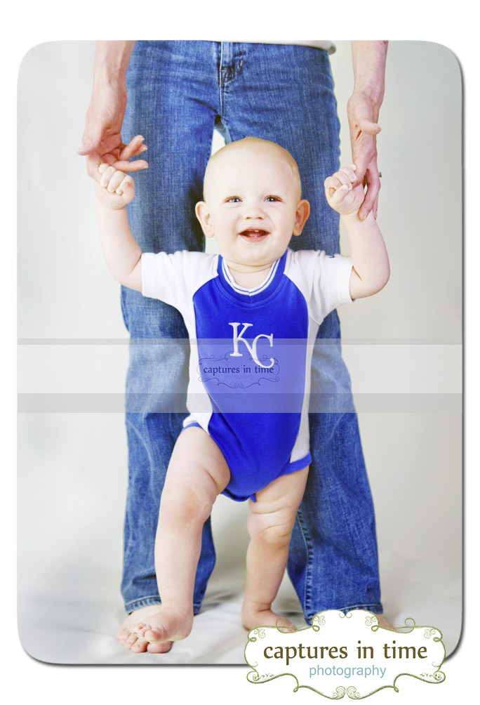 One year old likes firetrucks and cupcakes Kansas City Photographer