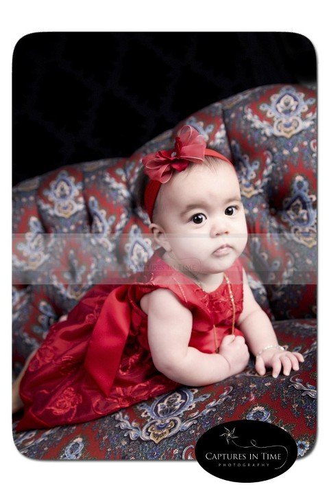 Christmas Cutie | Captures in Time Photography MO