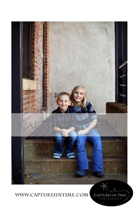 Fall mini sessions Kansas City family photographer