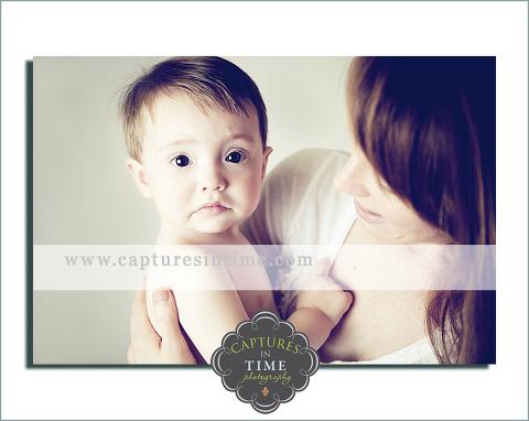 Adorableness Kansas City baby boy with mom