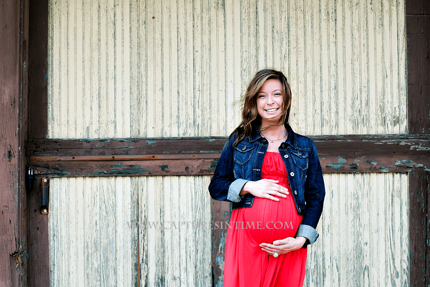 A Bright Maternity Session | Kansas City | Jackson County