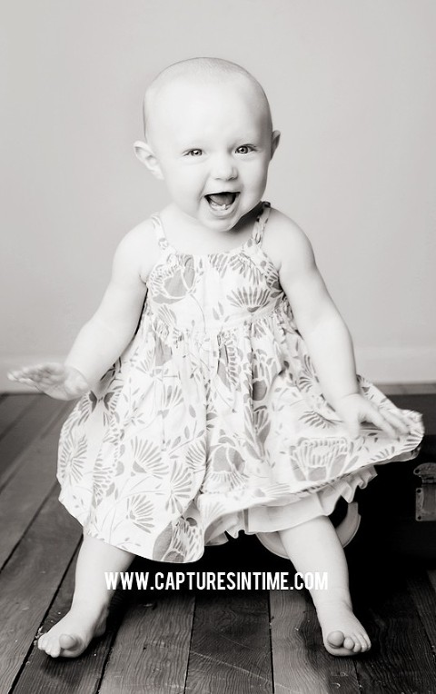 Kansas City black and white laughing baby by Melissa Pfannenstiel Photographer